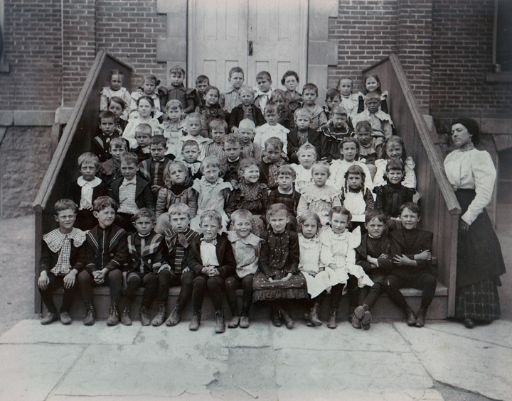 1899-1900 school year - Miss Benroth is the teacher   The ...