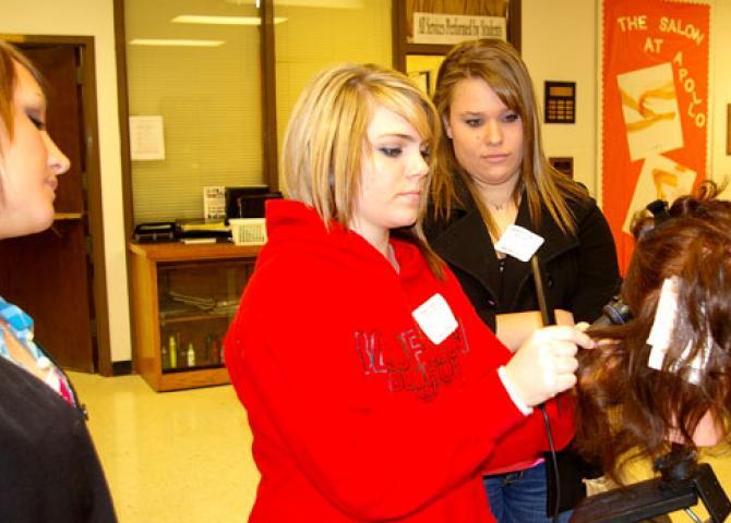 Eighth graders visit Apollo