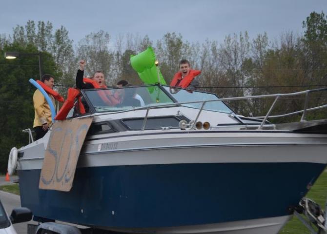 All Aboard to Prom 2012